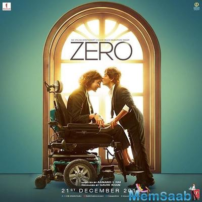 Shah Rukh receives a kiss from AbRam, Gauri Khan's reaction is cuter