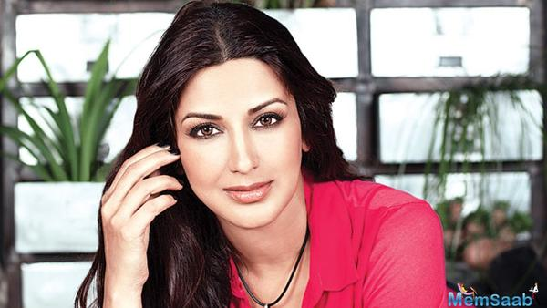 Sonali Bendre is on her way back home for a happy interval!