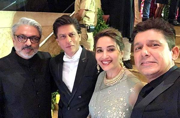 Deepika Padukone and Ranveer Singh's Mumbai reception brought all the Bollywood A-Listers under one roof, and guess who all bumped into each other, the team of Devdas!