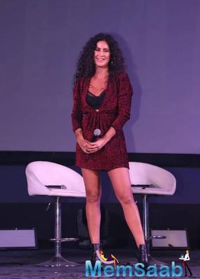 Unveiling the song at a cinema hall, Katrina Kaif enthralled the audience with a sizzling live performance at the event.