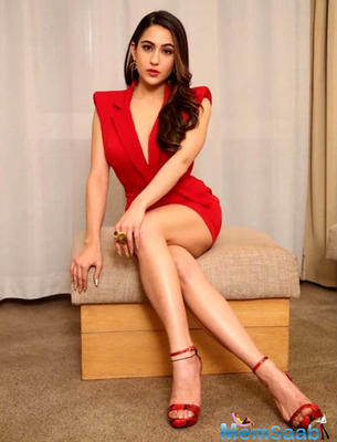Red Alert! Sara Ali Khan looks smokin' hot in this dress