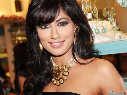 Chitrangada Singh believes in keeping her style game simple and organic and says that she is not too fussy with her fashion choices.
