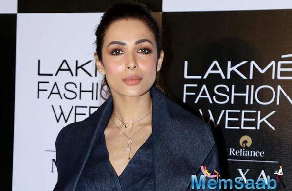 The grapevine has been abuzz that Malaika is currently dating actor Arjun Kapoor and that they may soon tie the knot. However, neither of them have either confirmed or denied this.
