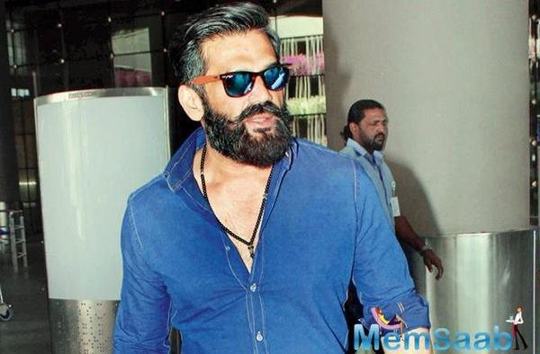 Suniel Shetty has said that women should be given equal importance in the film industry like in every other working sector in the country. Shetty was interacting with the media at the launch of Specta Eyewear Boutique on Saturday in Mumbai.