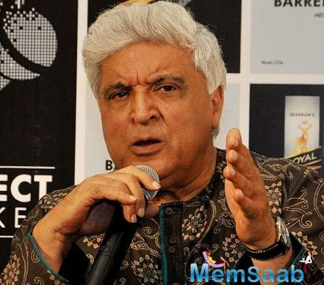 Javed Akhtar who has been iagnosed with swine flu hasn't been able to see his daughter's Gully Boy that has opened to rave reviews.