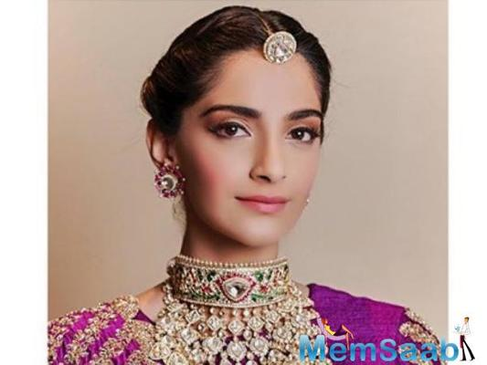 Sonam Kapoor Always keep personal life separate from professional'