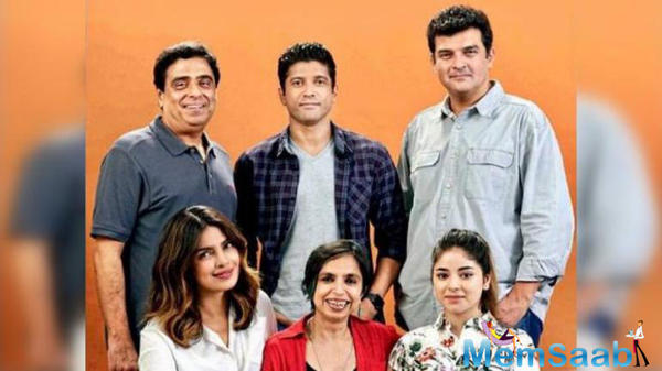 After elaborate shooting schedules across London, Andaman & Nicobar Islands and Mumbai, Farhan Akhtar and Priyanka Chopra Jonas wrapped up the shoot of The Sky Is Pink on Sunday.