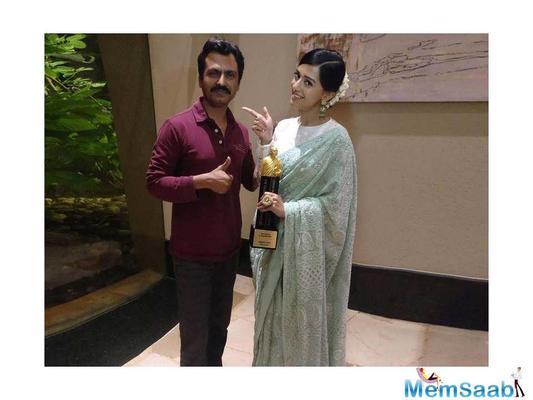 Nawazuddin Siddiqui wishes Amrita Rao for her big win at Dadasaheb Phalke Excellence Award 2019