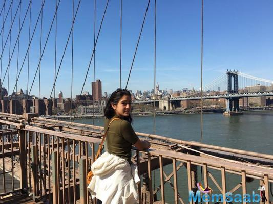 Sara Ali Khan paints a pretty picture as she poses solo in this throwback photo from her New York vacay