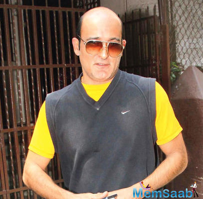 Akshaye Khanna, who returned to the silver screen after a long hiatus with movies like Mom, Ittefaq and most recently The Accidental Prime Minister, is all set to sign up a comedy film.