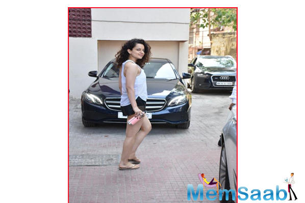 Kangana Ranaut's Thursday mantra is all about sweating it out in the gym as she preps for Panga