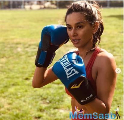 In Pics: Shibani Dandekar sweat it out to match up beau Farhan Akhtar's boxing skills