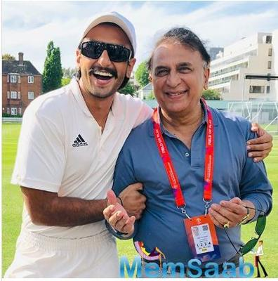 Ranveer's fanboy moment with cricket legends Sachin Tendulkar, Shane Warne and Sunil Gavaskar in London