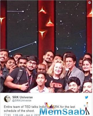 With the picture, Shah Rukh Khan announced that he has wrapped up the last schedule of the shoot.