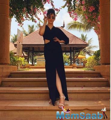 Photoshoot: Sanya Malhotra is winning the internet with her black one-shoulder dress