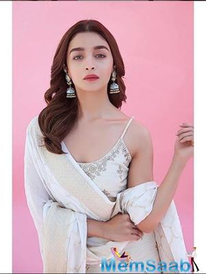 Alia Bhatt to reportedly take her love for music a step further and release her own video; Details Inside