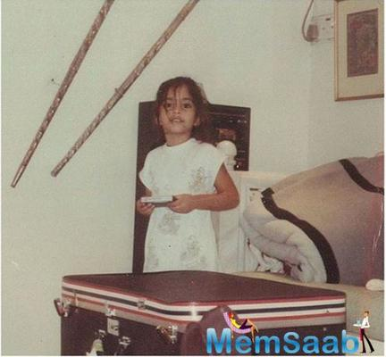 Sonam Kapoor shares a lovely throwback pic from her childhood in the latest post