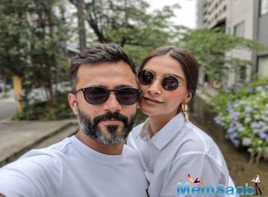 Sonam Kapoor celebrates 'love' Anand Ahuja's birthday with a unique cake; makes everyday phenomenal