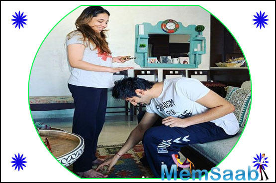 Kartik Aaryan shares cute photos with sister Kritika as they celebrate Bhai Dooj