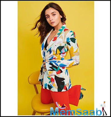 Alia Bhatt channels her inner boss lady in a classy yet colourful look!