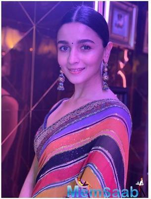Photos: Alia Bhatt's stunning saree look is sure to drive away your Monday blues