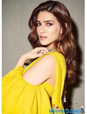 Is Kriti Sanon a part of the satte pe satta remake? The actress speaks up!