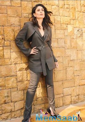 Kareena Kapoor Khan sure looks fresh as a daisy and so very graceful in the sari!