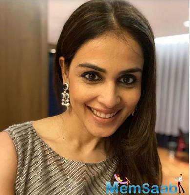 Genelia D'Souza looks absolutely pretty in these Instagram photos but the captions full of wisdom deserve your attention!