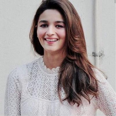 Ranbir Kapoor-Alia Bhatt wedding in December, families send save the date requests: