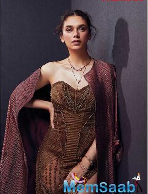 Aditi Rao Hydari reacts on the news of replacing Samantha in Ajay Bhupathi's upcoming film Maha Samudram