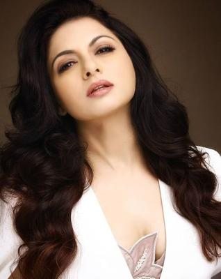 Bhagyashree Reveals her separation from husband Himalay, says remembering that phase is scary