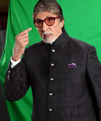 Amitabh Bachchan warns fans against coronavirus, writes and recites a poem in Awadhi