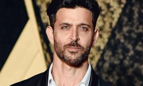 Hrithik Roshan has a strong message against coronavirus for all his fans