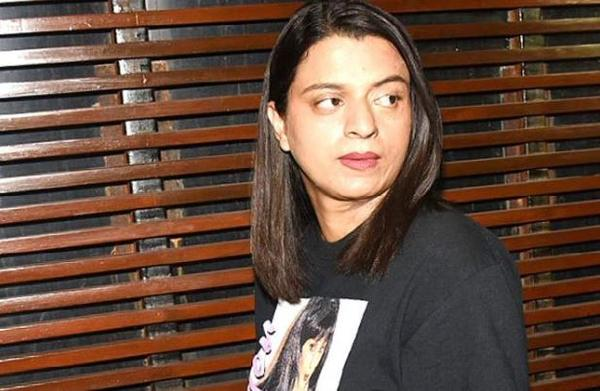 Rangoli Chandel attacks Priyanka Chopra, Deepika Padukone and other celebs for 'lame' videos