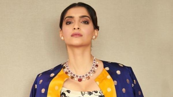"""Sonam wrote, """"People are bursting crackers. Do people think its Diwali?"""""""