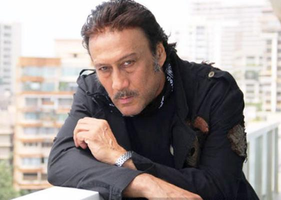 This throwback pic of Jackie Shroff with son Tiger and daughter Krishna is priceless