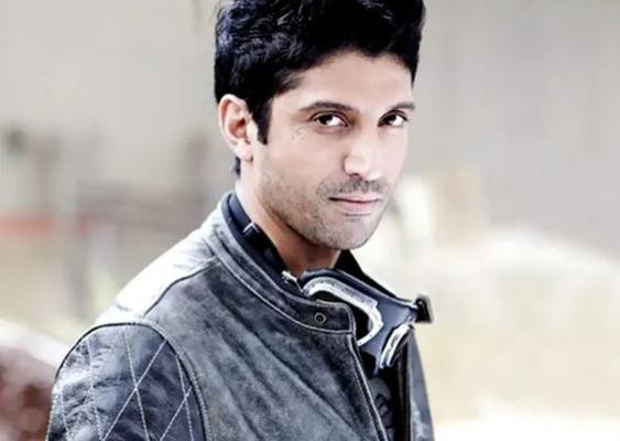 Farhan Akhtar recites corona version of 'Zinda Ho Tum' from 'Zindagi Na Milegi Dobara'