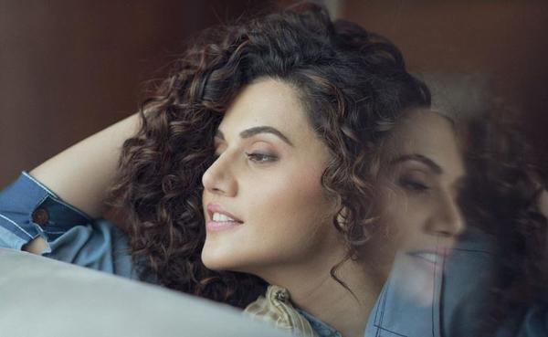 Taapsee Pannu shares never-seen-before picture from Mulk sets