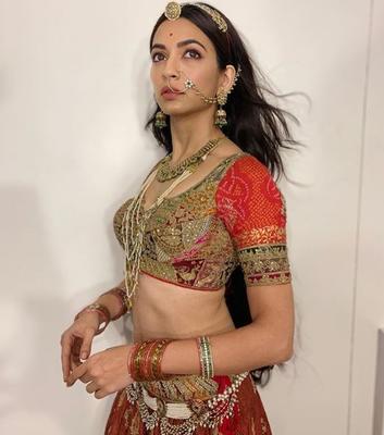 Kriti Kharbanda achieves a huge milestone, crosses 6 million followers on Instagram