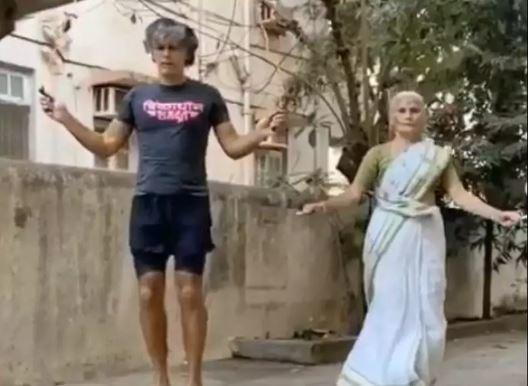 The mother and son duo can be seen skipping the rope barefoot as the song 'Jai Ho'