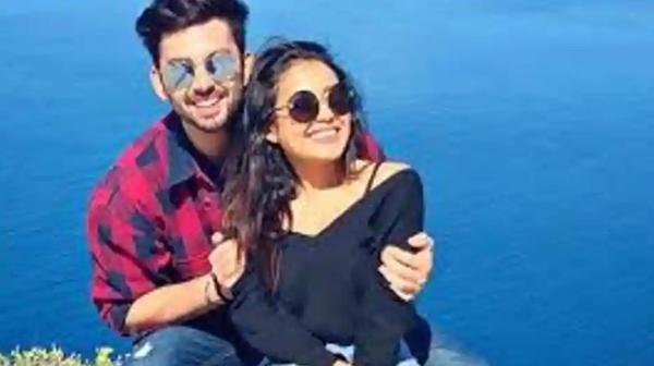 Neha Kakkar starts 'move on challenge' to get over ex-boyfriends