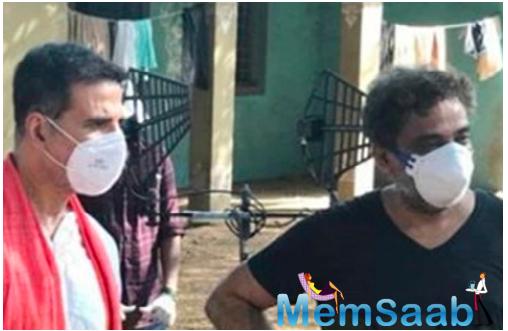 Akshay Kumar shoots for a Coronavirus awareness campaign with R. Balki
