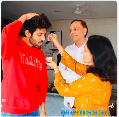 This is how Kartik Aaryan geared up for Prime Minister Narendra Modi's address to the nation