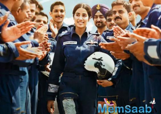 Is August 15 the release date of Janhvi Kapoor's Gunjan Saxena?