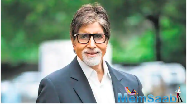 While Amitabh Bachchan was undergoing treatment for Covid-19 at the hospital, he continued to be in touch with his fans.