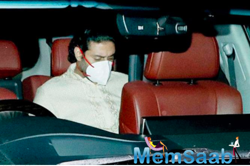This was the first time Abhishek Bachchan stepped out, post his recovery from Covid-19.