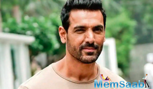 John Abraham shares his views on the ongoing insider-outsider debate; terms it as 'Twitter trending culture'