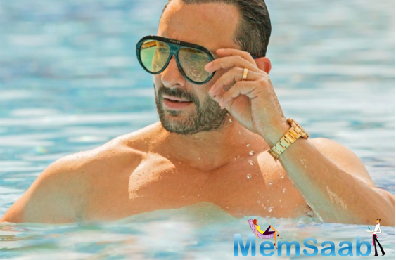 Saif Ali Khan, even at 50, defies all age stereotypes and defines suave; makes fan go weak in their knees