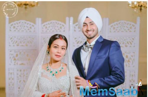 Honeymoon Travels: Neha Kakkar and Rohanpreet Singh Jet off to Dubai