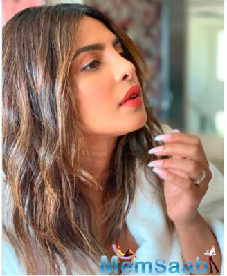 Priyanka Chopra shares a pretty picture on Instagram; captions,